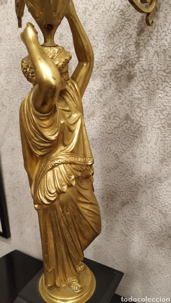 Antigüedades: Pareja de candelabros Imperio. Candelabros bronce antiguos. Francia siglo XIX. - Foto 7 - 180081517