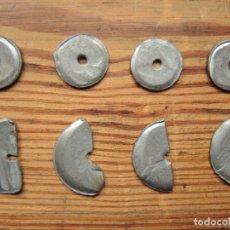 Antigüedades: LOTE 8 CONTRAPESOS PARA VUELO DE FALDA, PLOMO, CIRCA 1960. Lote 180159910