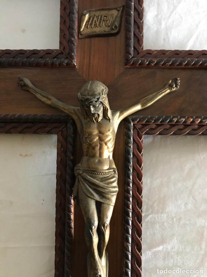 Antigüedades: Crucifijo jesucristo madera y laton - Foto 4 - 180160460