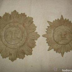 Antigüedades: 2 ORNAMENTOS ADORNOS SOLES, ANTIGUOS MADERA. Lote 180174422