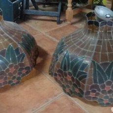 Antigüedades: ANTIGUAS LAMPARAS DE VIDRIERAS. Lote 180175098