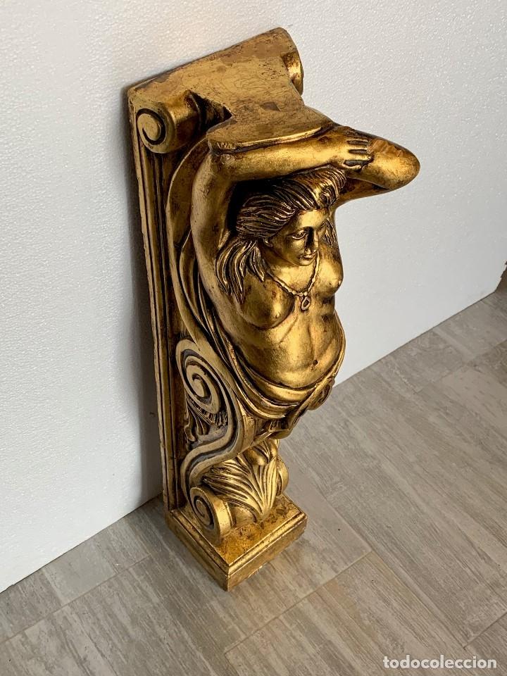 Antigüedades: ANTIGUA COLUMNA ESCAYOLA EN PAN DE ORO - Foto 3 - 180189167