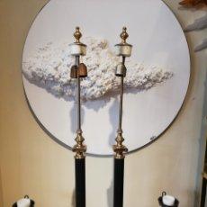 Antigüedades: GRAN PAREJA DE LAMPARAS DE LOS AÑOS 70. Lote 180203578