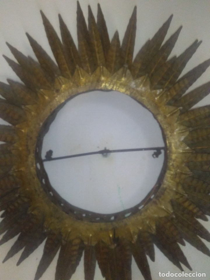 Antigüedades: LAMPARA VINTAGE TRIPLE FORJA DORADA TIPO ESPEJO SOL ORO ANTIGUA - Foto 3 - 180209441
