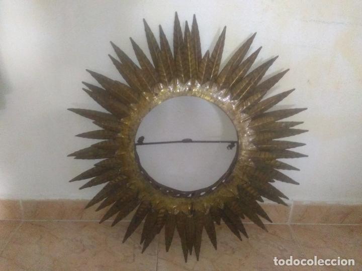 Antigüedades: LAMPARA VINTAGE TRIPLE FORJA DORADA TIPO ESPEJO SOL ORO ANTIGUA - Foto 19 - 180209441