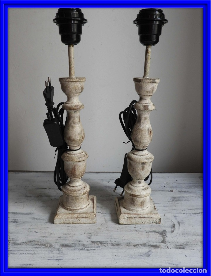 PRECIOSA PAREJA DE LAMPARAS DE MADERA NATURAL EN DECAPE (Antigüedades - Iluminación - Lámparas Antiguas)
