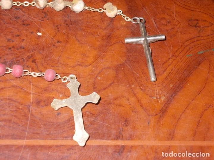 Antigüedades: Dos rosarios 40 y 48 cm. largo, medalla Virgen del Carmen 2,4 cm. diámetro - Foto 10 - 180232401