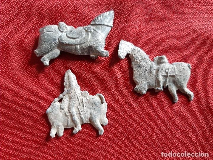 CABALLOS DE PLOMO (Antigüedades - Varios)