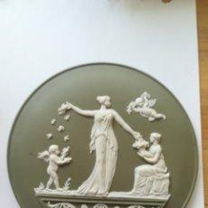 Antigüedades: CAMAFEO MEDALLON CERAMICA INGLESA WEDGWOOD. Lote 180239845