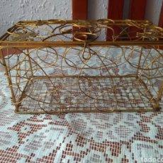 Antigüedades: ANTIGUO ( BAÚL DE METAL ORNAMENTADO ARTESAL). MÁS BAÚLES ANTIGUOS EN MI PERFIL.. Lote 180244038