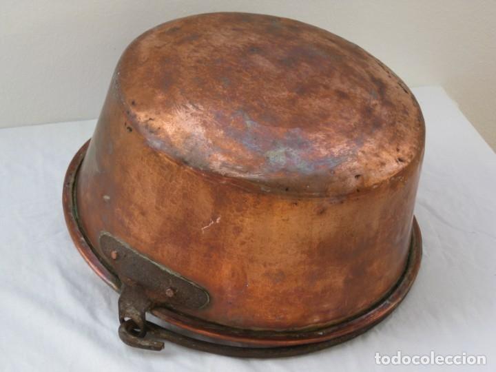 Antigüedades: Antigua caldera de cobre 35 cm de boca. - Foto 7 - 180262358