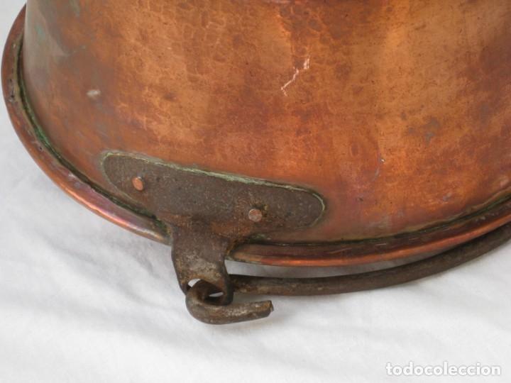 Antigüedades: Antigua caldera de cobre 35 cm de boca. - Foto 8 - 180262358