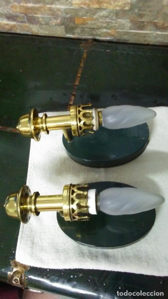 2 APLIQUES ANTIGUOS CUERPO DE BRONCE (Antigüedades - Iluminación - Apliques Antiguos)