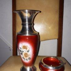 Antigüedades: ANTIGUO JARRON Y CENICERO ESPAÑOL DE PLATA Y ESMALTE. Lote 180271180