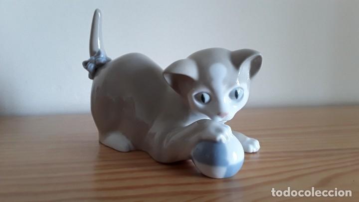 Antigüedades: Gato, gatito porcelana Nao, Lladró - Foto 6 - 180283107