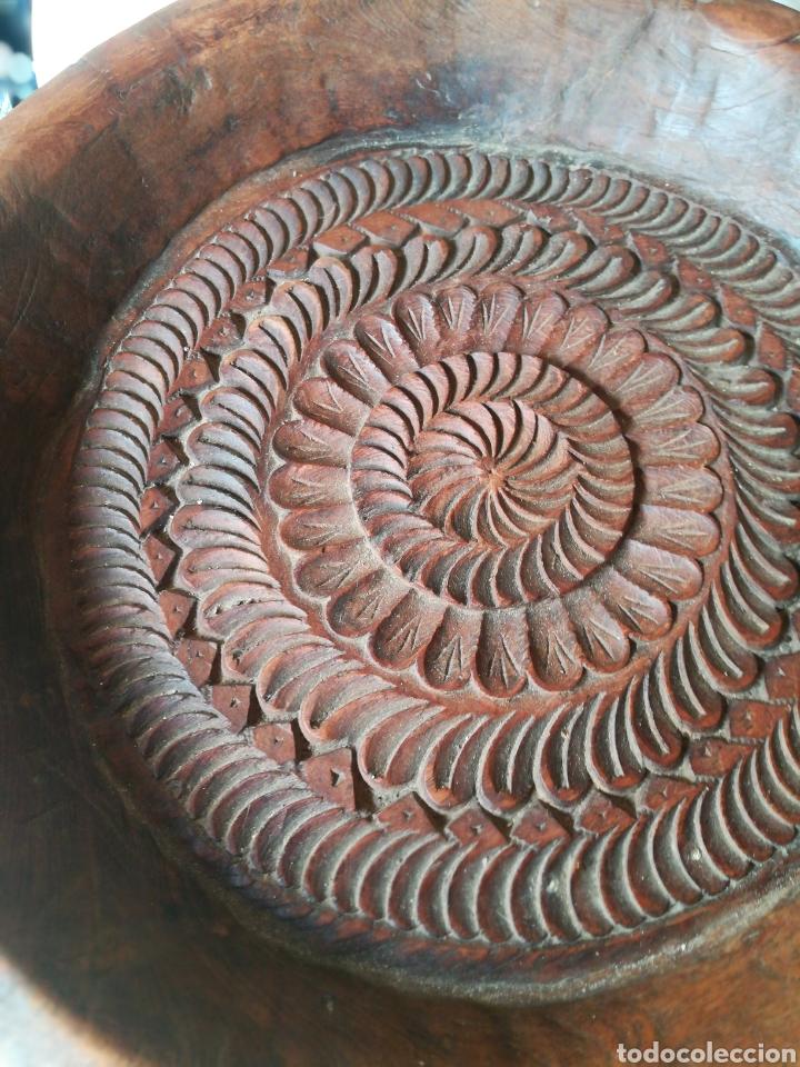 Antigüedades: Frutero rústico antiguo de negrillo - Foto 3 - 180325000