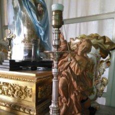 Antigüedades: ESPECTACULAR CANDELERO CANDELABRO LAMPARA METAL ANTIGUO MAGNIFICO ESTADO IDEAL SEMANA SANTA VIRGEN. Lote 180338313