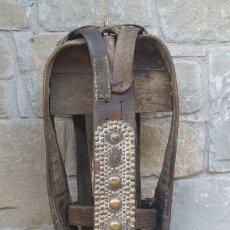 Antigüedades: CABEZAL CABALLO.. Lote 180387767