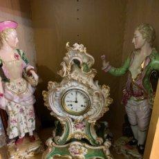 Antigüedades: RELOJ VIEJO PARIS CON FIGURAS. Lote 180405672