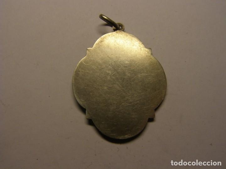 Antigüedades: Medalla religiosa, Virgen del Pilar. De plata. - Foto 2 - 180419168