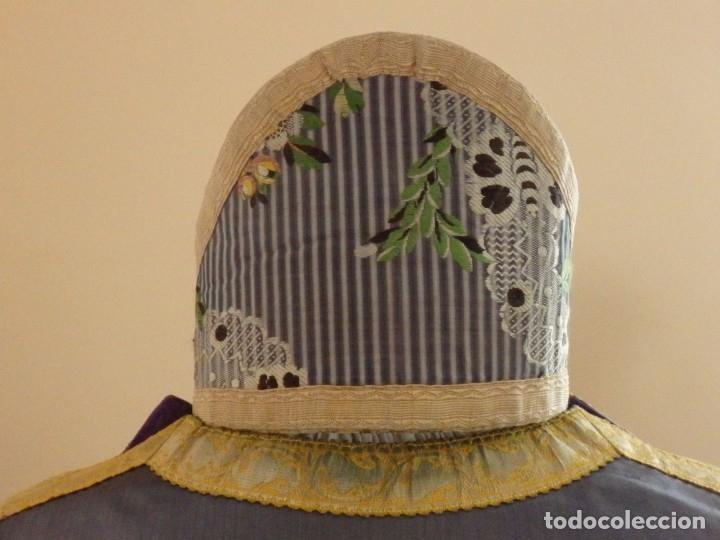Antigüedades: Pareja de dalmáticas confeccionadas en seda brocada con motivos barrocos. Siglo XIX. - Foto 20 - 180425062