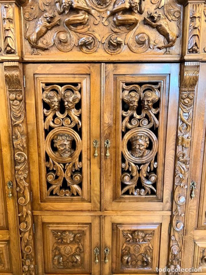 Antigüedades: DESPACHO TALLADO RENACIMIENTO ESPAÑOL NOGAL - Foto 13 - 180433008