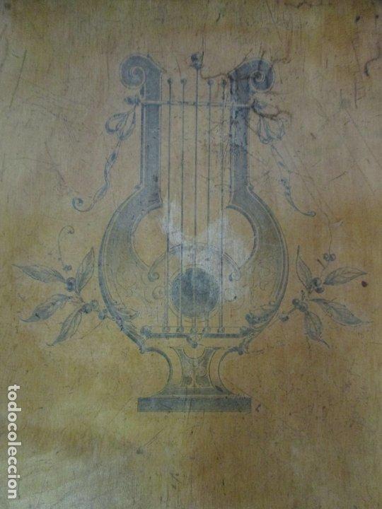 Antigüedades: Preciosa Silla de Piano - Firma Thonet, Original - Madera de Haya - con Serigrafía - Finales S. XIX - Foto 5 - 180434345
