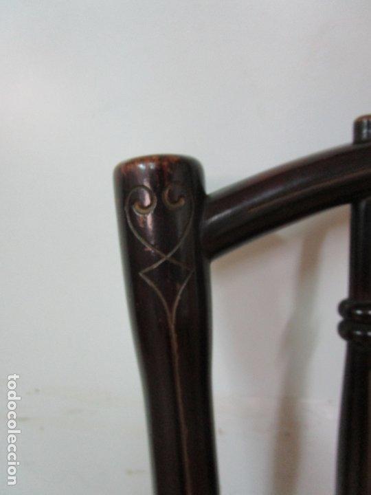 Antigüedades: Preciosa Silla de Piano - Firma Thonet, Original - Madera de Haya - con Serigrafía - Finales S. XIX - Foto 11 - 180434345