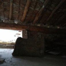 Antigüedades: 2 ANTIGUOS ASIENTOS DE MULA. Lote 180443851