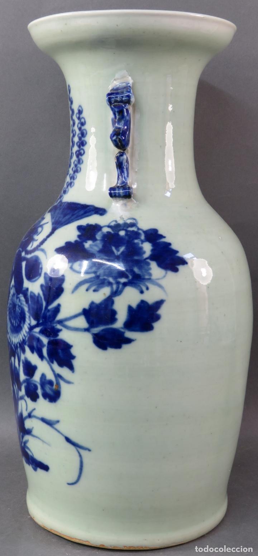 Antigüedades: Jarrón en porcelana China blanco y azul hacia 1900 - Foto 5 - 221122542
