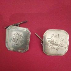 Antigüedades: BOTONES 2 INDUMENTARIA. Lote 180466481