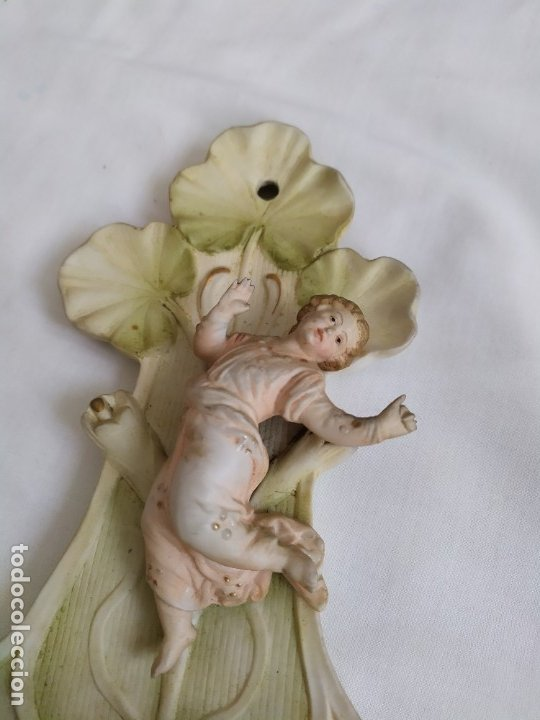 Antigüedades: Pila benditera de porcelana biscuit - Foto 2 - 180467832