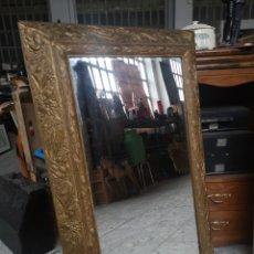 Antigüedades: ANTIGUO ESPEJO, MARCO DORADO, BUEN ESTADO. 55X87CM. Lote 180481645