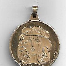 Antigüedades: PICASSO 5 JUILLET 46 MEDALLA EN PLATA DORADA. Lote 180507135