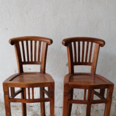 Antigüedades: 2 TABURETES DE BAR EN MADERA MACIZA. Lote 180517830
