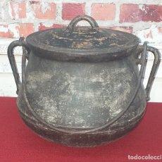 Antigüedades: GRAN OLLA DE HIERRO Nº 12 SIGLO XIX. Lote 180839318