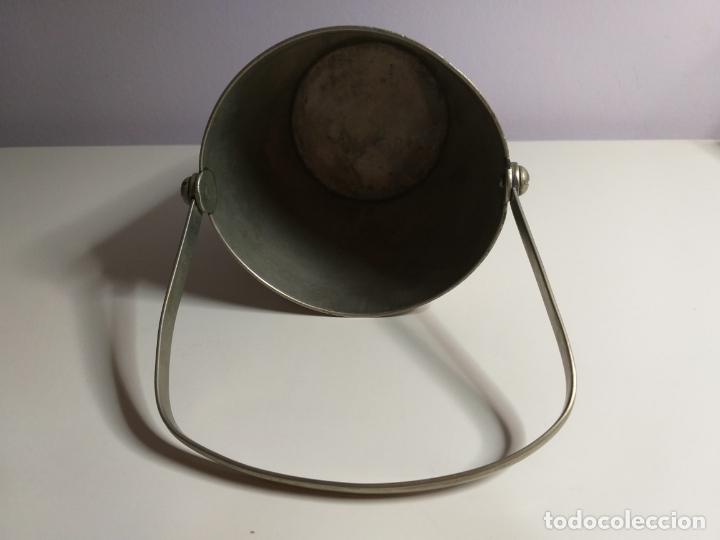 Antigüedades: Cubitera de metal antigua - Foto 4 - 180876826