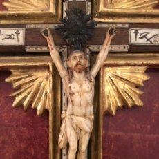 Antigüedades: CRISTO DE MARFIL, CRUCIFIJO INCRUSTACIONES MARFIL, CRUZ BARROCA. Lote 180883692