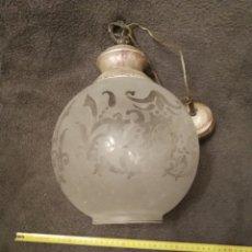 Oggetti Antichi: LAMPARA ANTIGUA DE TECHO. Lote 180912805