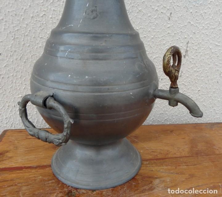 Antigüedades: Jarra de estaño con grifo SXIX - Foto 3 - 180952268