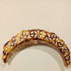 Antigüedades: PEINETA DIADEMA CELULOIDE SÍMIL CAREY. Lote 180957888