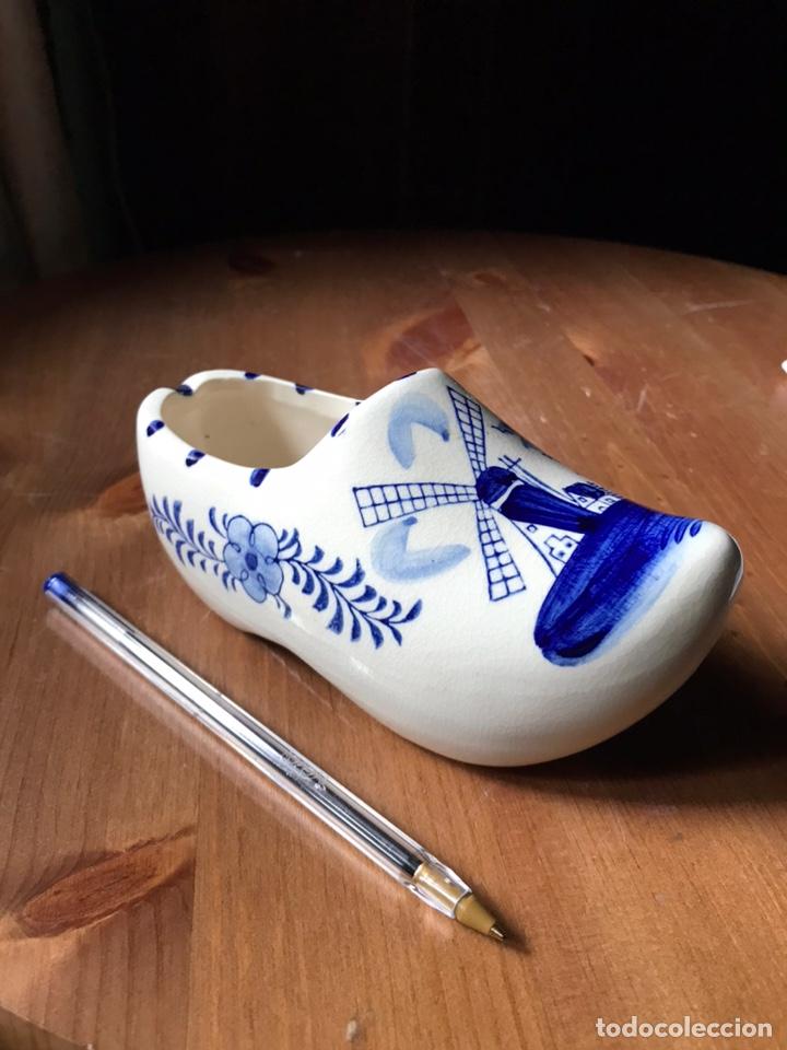 Antigüedades: Zapato-zueco, azul de Holanda - Foto 2 - 180967971