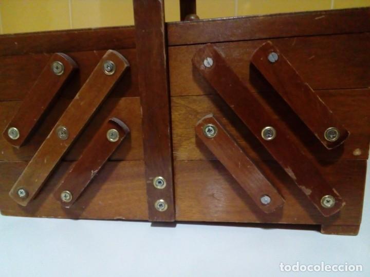 Antigüedades: ANTIGUO COSTURERO DE MADERA - Foto 3 - 180983347