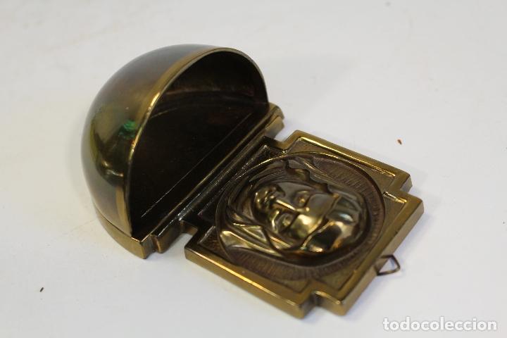 Antigüedades: benditera en bronce - Foto 3 - 180993355