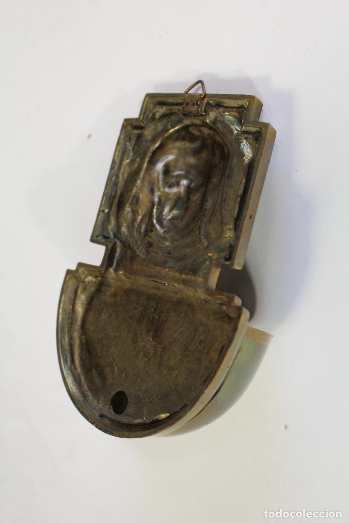 Antigüedades: benditera en bronce - Foto 4 - 180993355