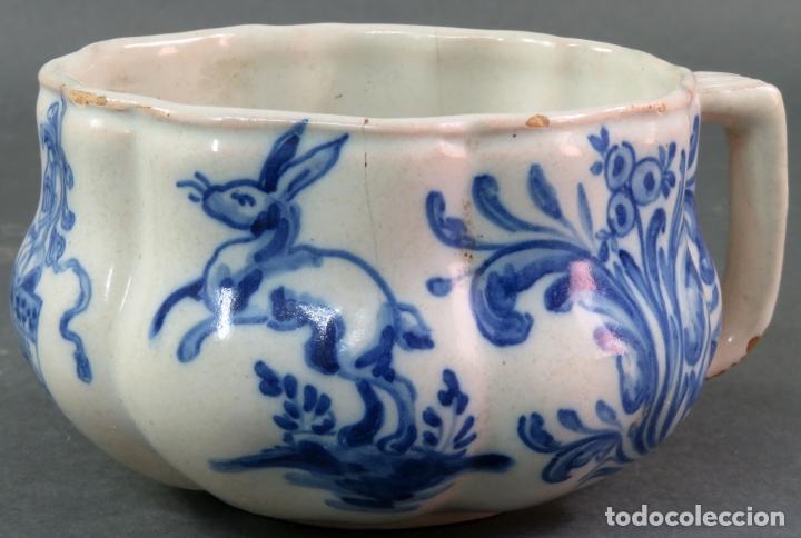 Antigüedades: Jarra con dos cuencos y un tazón en cerámica blanca y azul Talavera Ruiz de Luna ppos s xx - Foto 9 - 181008417