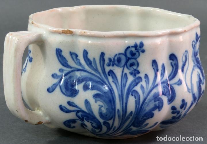 Antigüedades: Jarra con dos cuencos y un tazón en cerámica blanca y azul Talavera Ruiz de Luna ppos s xx - Foto 10 - 181008417