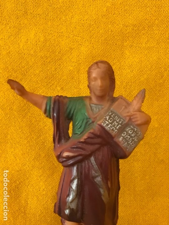 Antigüedades: San pancracio antigua figura vintage plastico duro policromada 15,5 cm santo pancracio - Foto 2 - 181012301