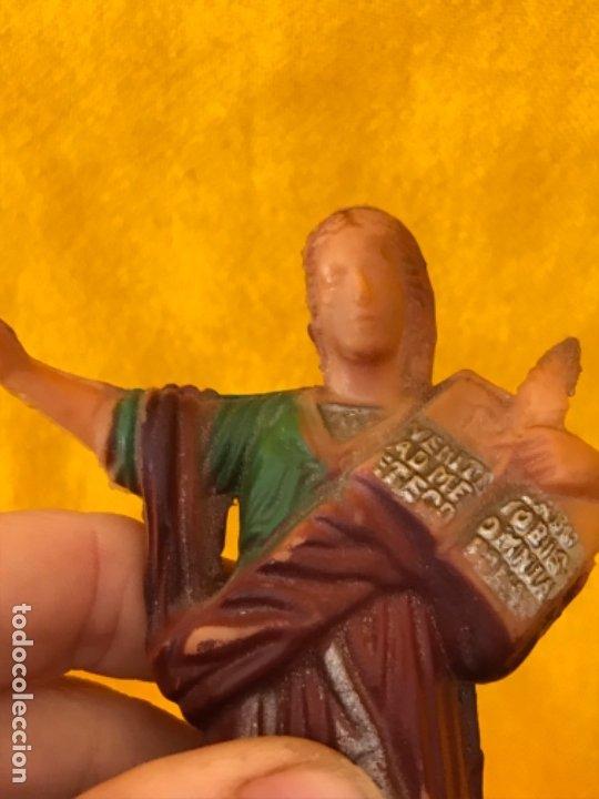 Antigüedades: San pancracio antigua figura vintage plastico duro policromada 15,5 cm santo pancracio - Foto 7 - 181012301
