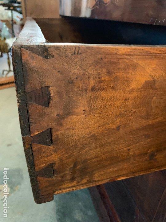 Antigüedades: Preciosa cómoda antigua con marqueteria de boj. Ver descripcion y medidas - Foto 17 - 181018198